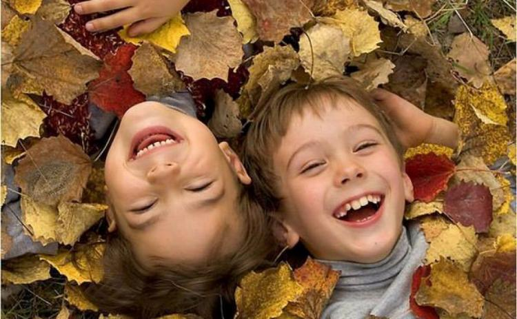 happy children autumn